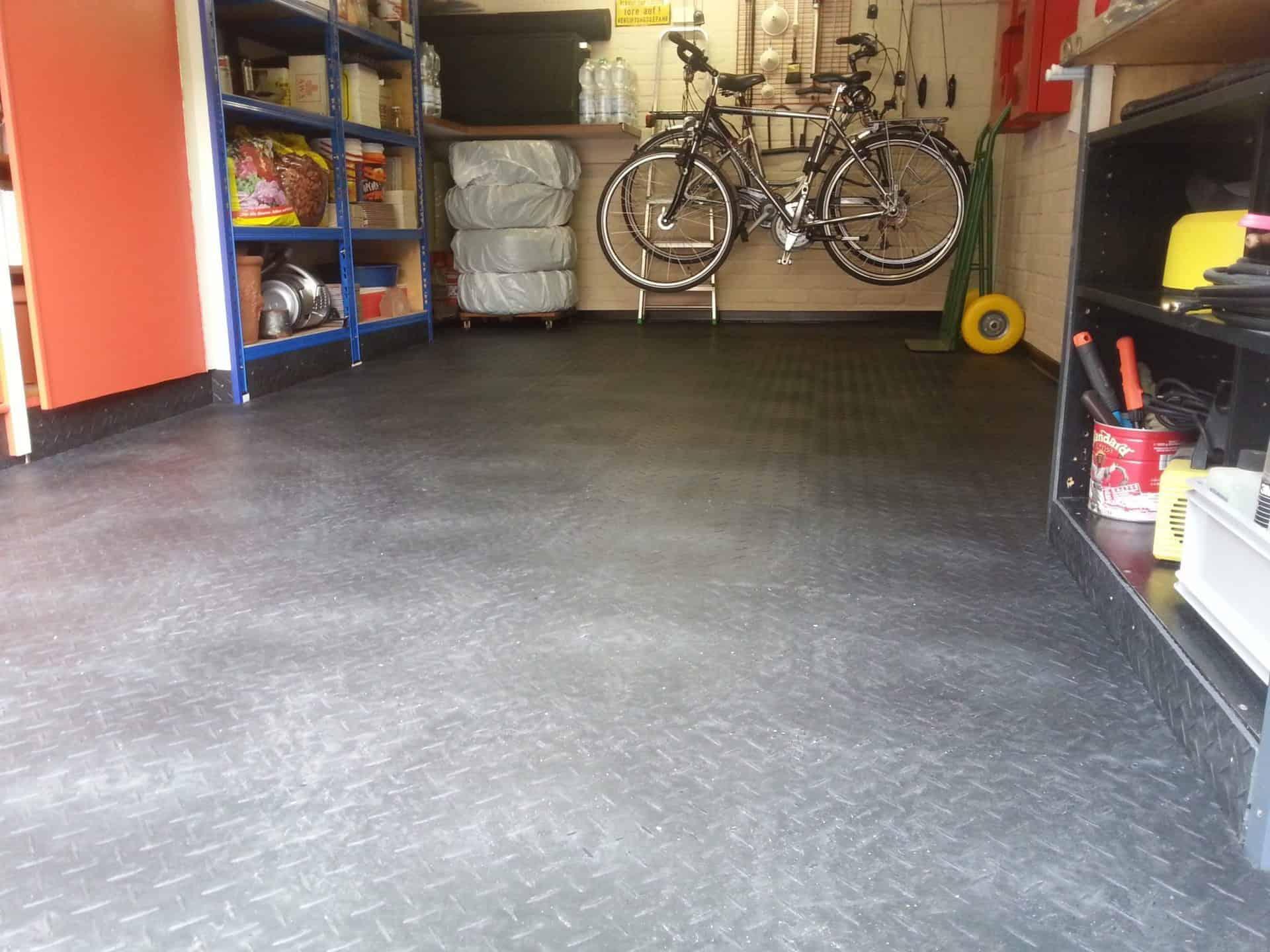 Podlaha do sklepa, Německo