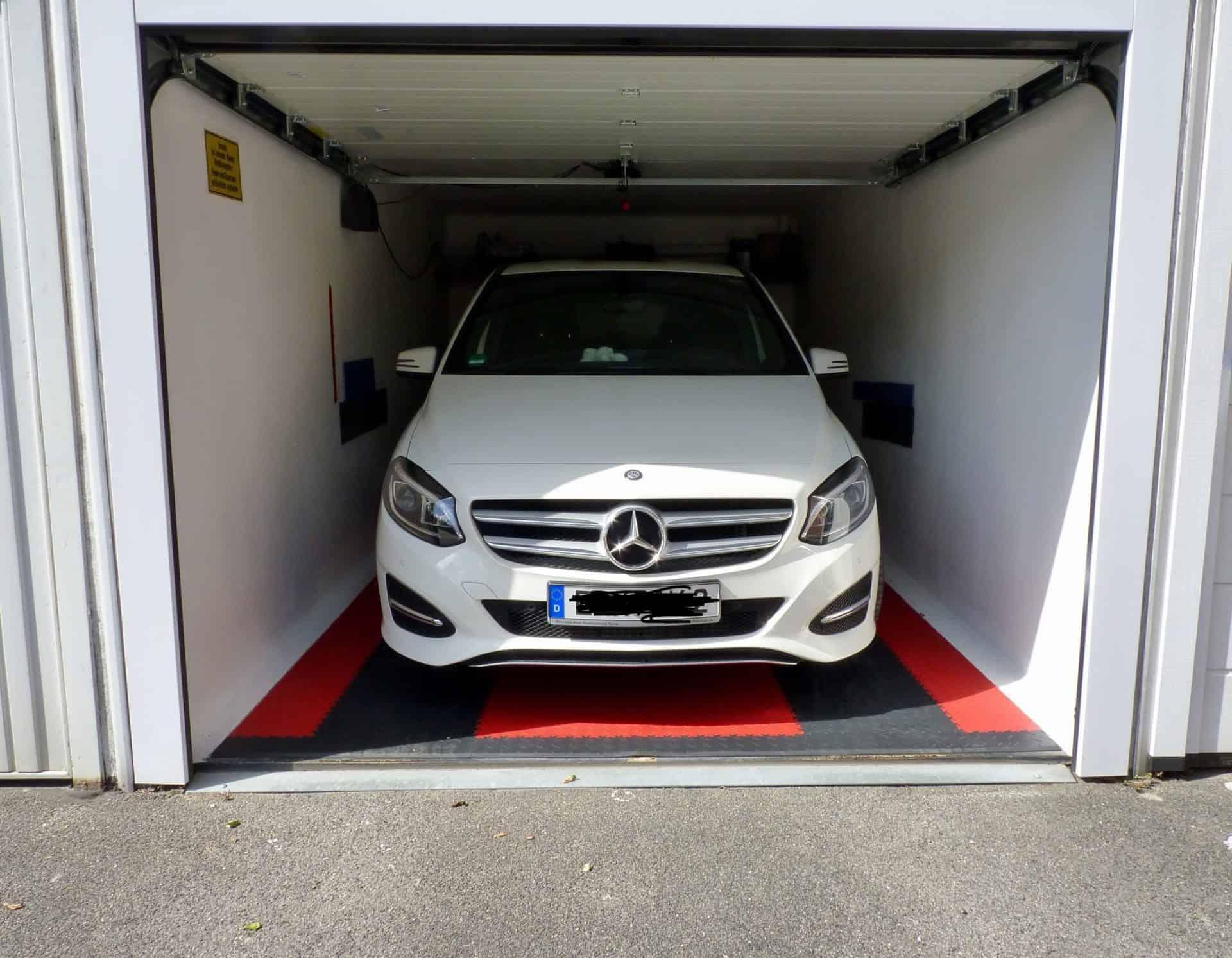 Úzká garáž, Německo