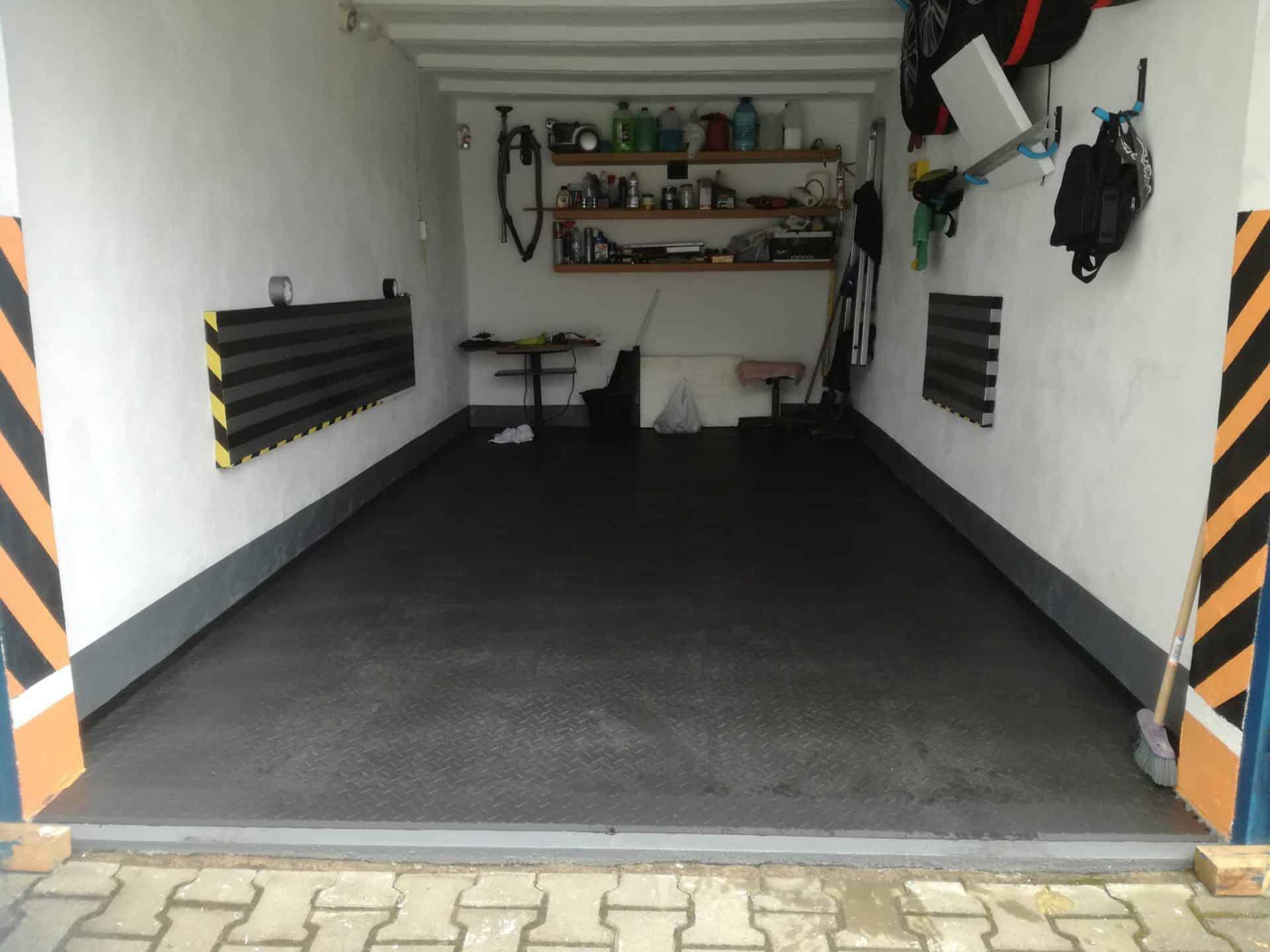 Oprava garáže, Polsko