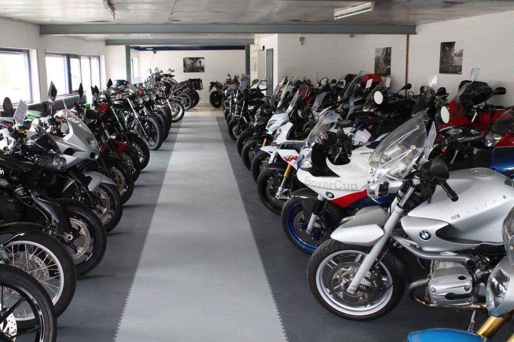 Prodejna motocyklů, Německo