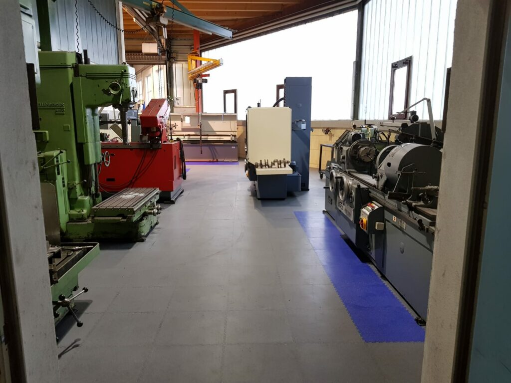 Výrobní hala, Německo