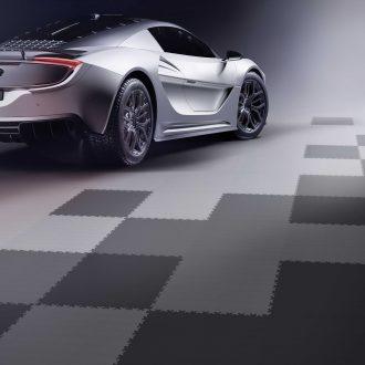 Hledáte vhodnou podlahu do garáže pro tuningové auto?